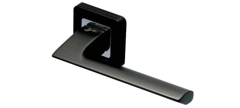 Safita RAZOR SQ MSB/CP Ручка на розетке